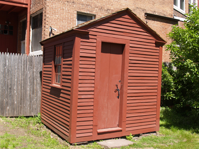 Silas Deane house outhouse image